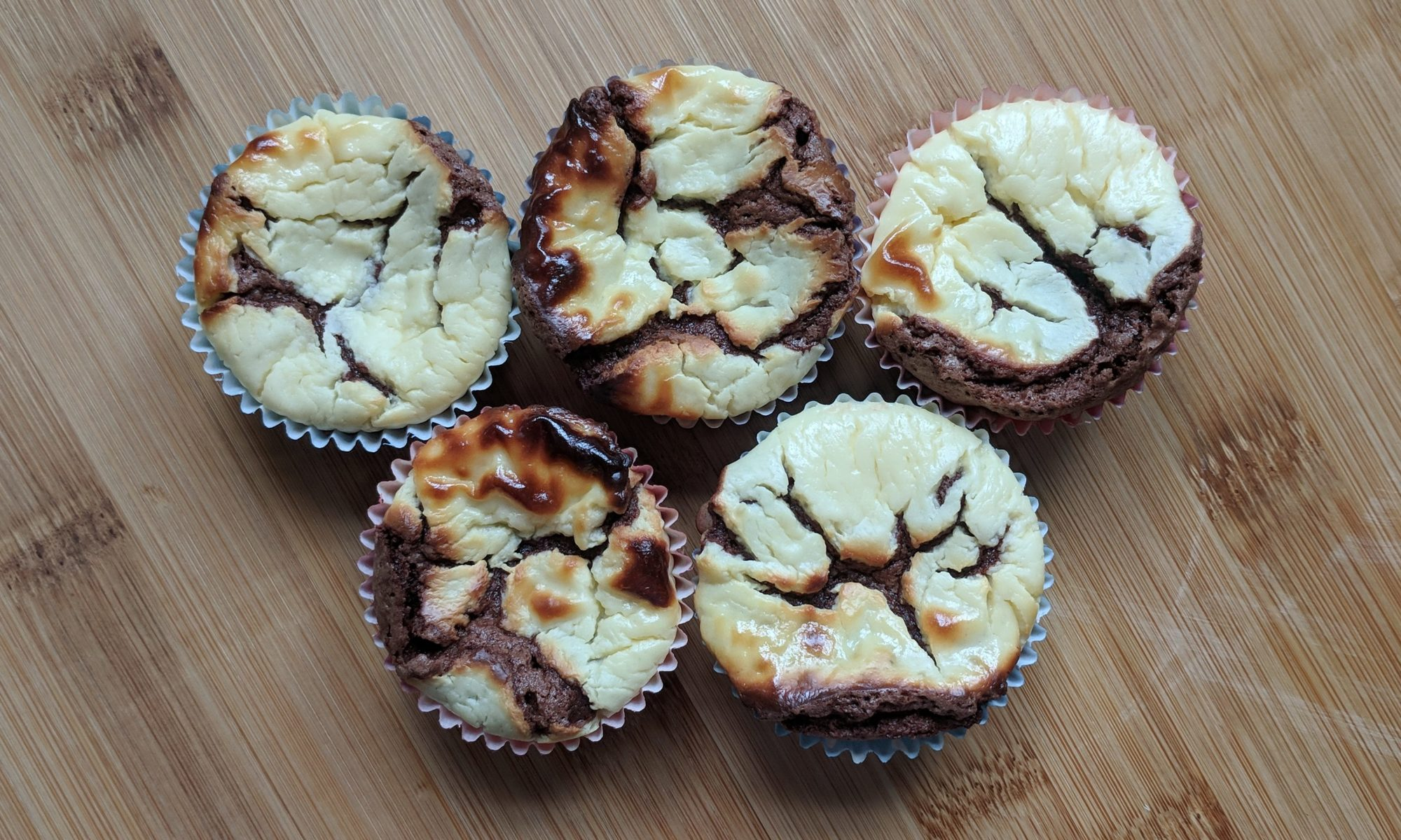brownie cheesecake bites muffin