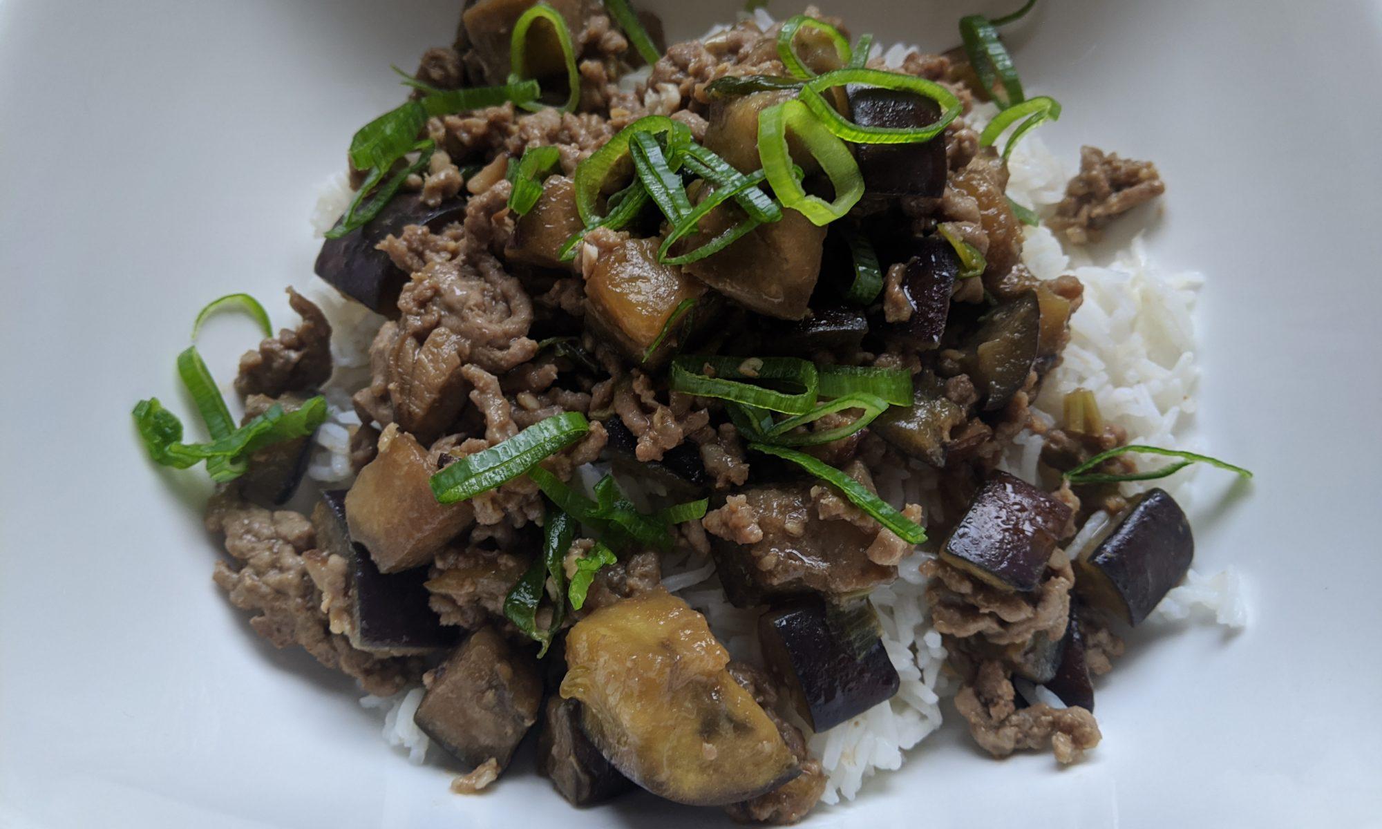 Aubergine aziatisch gehakt varken rijst